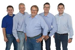 Teamaufnahme Strohdach Kommunaltechnik GmbH